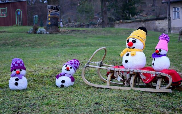 muñecos de nieve en ganchillo