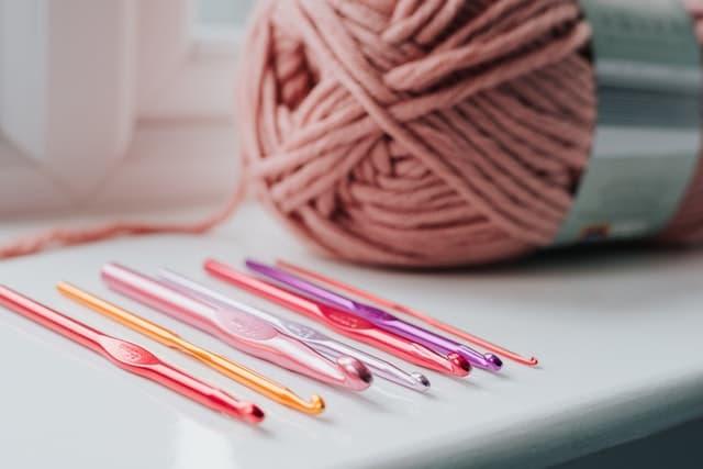 agujas crochet aluminio, comprar agujas de crochet, comprar ganchillo, como saber que aguja de crochet usar, agujas trapillo, agujas ganchillo, agujas de tejer largas para mantas, agujas para trapillo,